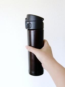 ステンレス 水筒,ステンレス 水筒 掃除,ステンレス 水筒 洗い方